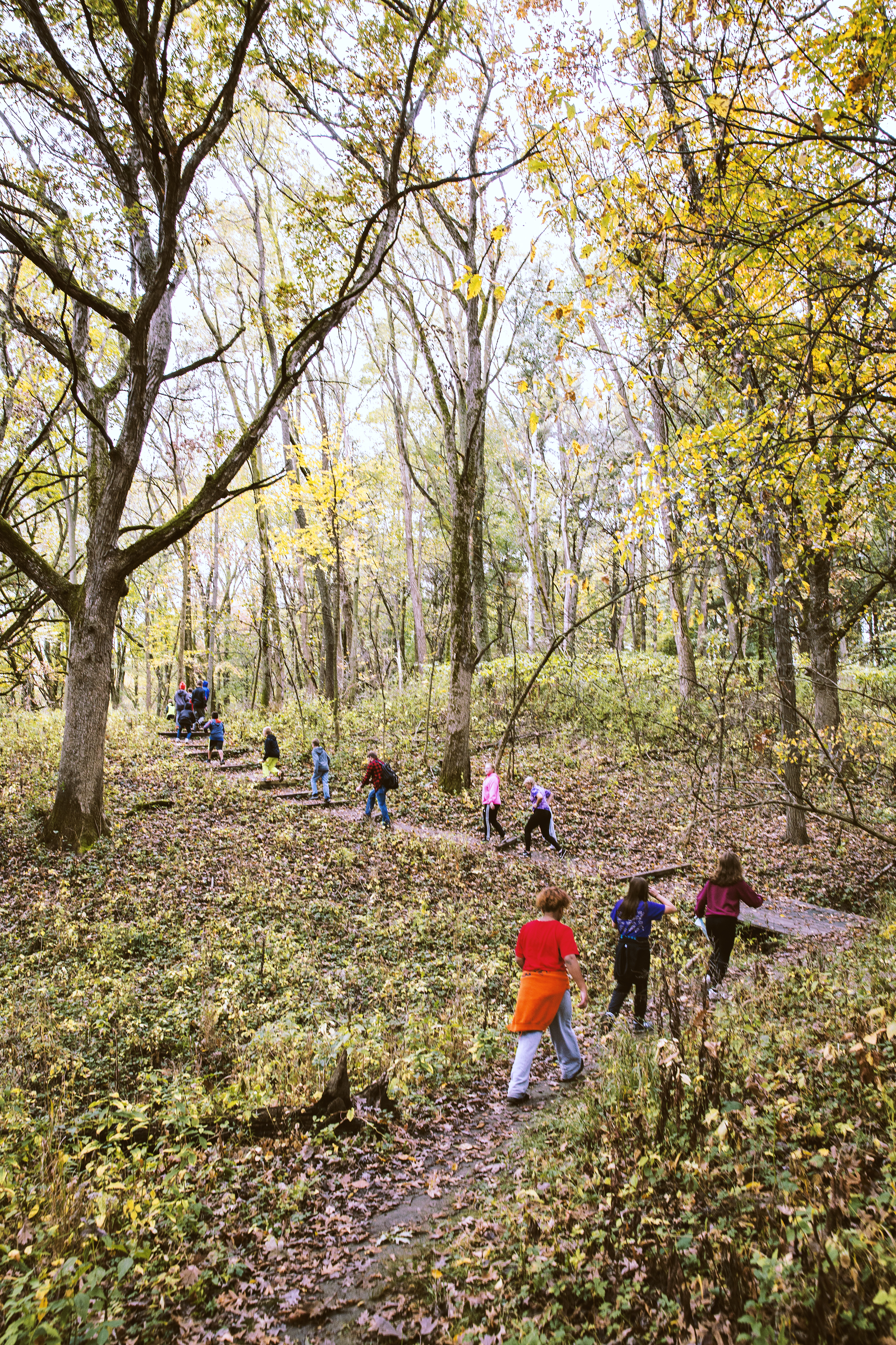 kids walking at Indian Creek Nature Center